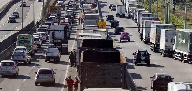 Greve dos caminhoneiros reduziu poluição em São Paulo pela metade