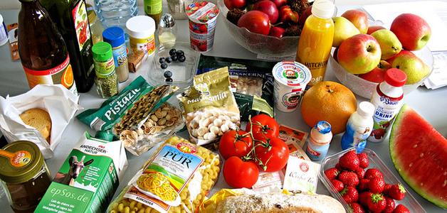 Brasil desperdiça 41 mil toneladas de comida por dia. Adivinha quem é o vilão?