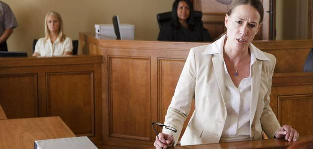 """Advogadas bravas são vistas como """"histéricas"""", advogados bravos são vistos como """"poderosos"""", #apontaestudo"""