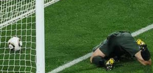 Por que a falha do goleiro no futebol leva o nome de frango?