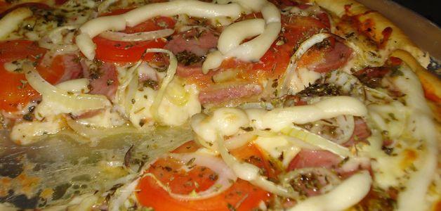 Brasil produz 1 milhão de pizzas por dia: metade é consumida em São Paulo